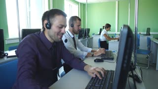 call center operators happy their success