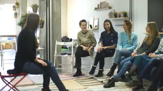 Coach and support group during psychological therapy. training for women. development of sensuality