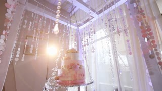 wedding cake in a chic decorations
