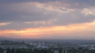 Dramatic sunset timelapse of mountains and traffic in San Miguel de Allende, Mexico