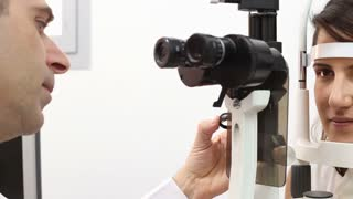 slit lamp machine and lens test