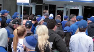 Toronto blue jays crowd getting in at gate