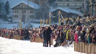 "Spectator during ""White Turf"" horse race on February 23rd, 2014 in St. Moritz (Switzerland)"