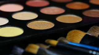 A colorful make-up palette, the shot is moving...