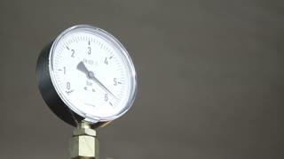 Barometer in measuring process