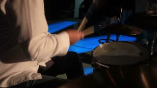 Let´s play some drums...