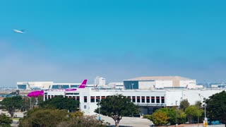 Plane traffic time-lapse at LAX