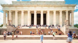 Time-lapse of tourists visiting the Lincoln Memorial