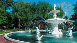 Timelapse of the iconic Forsyth Park fountain in Savannah, GA