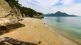 Timelaspe of the beach on Rabbit Island