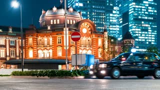 Time-lapse of taxis in front of Tokyo Station at night