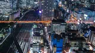 Time-lapse of Tokyo at night near Hamamatsuchō