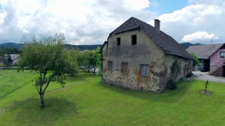 Very old house. Wide shot of old abandoned house from 1800'