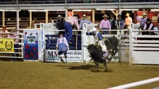 8 second bull ride slow motion rodeo