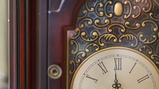 An interesting antique clocks hands rotating with time
