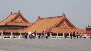 people viewing the amazing forbidden city courtyard in beijing china