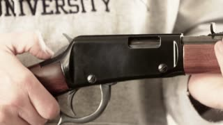 shooting a lever action rifle