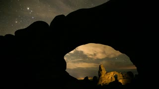Star time-lapse in North Window arch