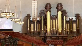 The organ in the mormon tabernacle in Salt Lake City