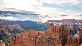 Timelapse snowy sunrise at bryce canyon national park
