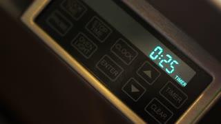 timer set on oven