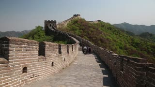 tourists on beautiful section of great wall of china beijing mutianyu