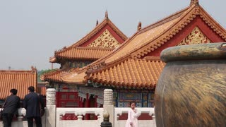 tourists viewing amazing forbidden city in courtyard beijing china