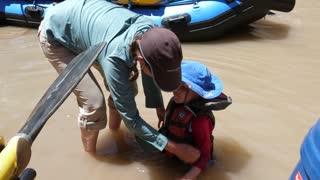 Families In Water At The San Juan River In Amazing Southern Utah