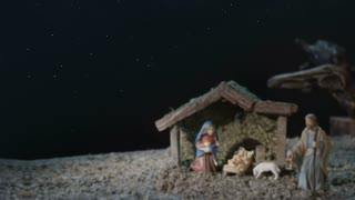 Christmas Star And Holy Family - Pan Shot