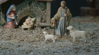 Christmas Story - Holy Family - LS