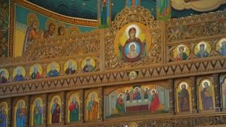 Romanian Orthodox Church - iconostasis and cupola