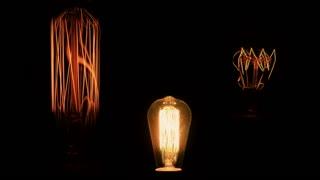 Three bulb light flickering