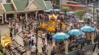Erawan Shrine, Ratchadamri Road, Bangkok, Thailand, South East Asia, Asia