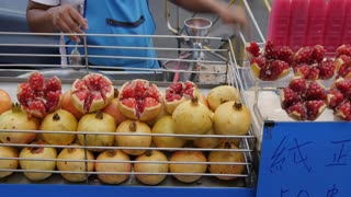 Fruit drink stall on Yaowarat Road, Chinatown, Bangkok, Thailand, Southeast Asia, Asia