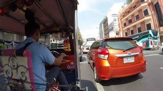 Onboard tuk-tuk on streets of Bangkok, Bangkok, Thailand, Southeast Asia, Asia