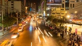 Traffic on Phetchaburi Road at night, Bangkok, Thailand, South East Asia, Asia