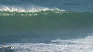 Big wave surfing break Jaws in Peʻahi at the north shore of the island of Maui, Hawaii