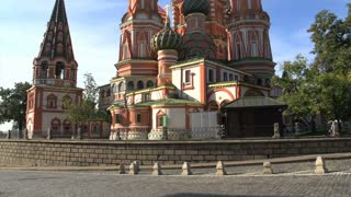 Saint Basil's Cathedral tilt up wide view