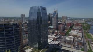 Orbiting Nashville Crane And Skyscraper Under Construction
