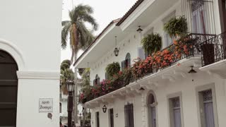 4 Santo Domingo Church And Old House In Casco Antiguo Panama