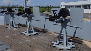 Battleship Memorial Park, a military history park and museum in Mobile, Alabama, USA. Anti-aircraft guns on the South Dakota-class battleship USS Alabama, a ship of the United States Navy in WWII