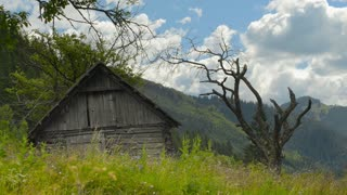 Old House,movement of cloud in Mountains (Timelapse)