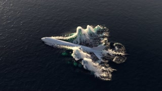 airplane crash emergency landing on water, top view