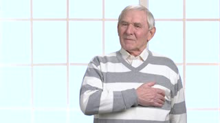 Elderly man with heart-attack. Old man having cardiac arrest. How to prevent heart-attack. Difference between cardiac arrest and heart attack.