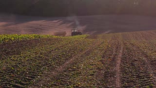 Harvesting tractor