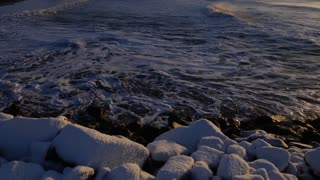 Iceland Winter View Of Crashing Ocean Waves At Sunrise 2