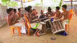 Kerala Chenda Melam Watching, Chenda Melam Temple Musics Playing With  Traditional Drums By Lot Of Artists In Temple Stock Video Footage -  Storyblocks