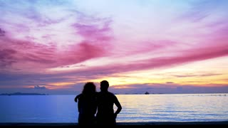 Silhouette couple in Love Make Selfie at Sunset