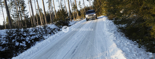 4x4 driving on small road