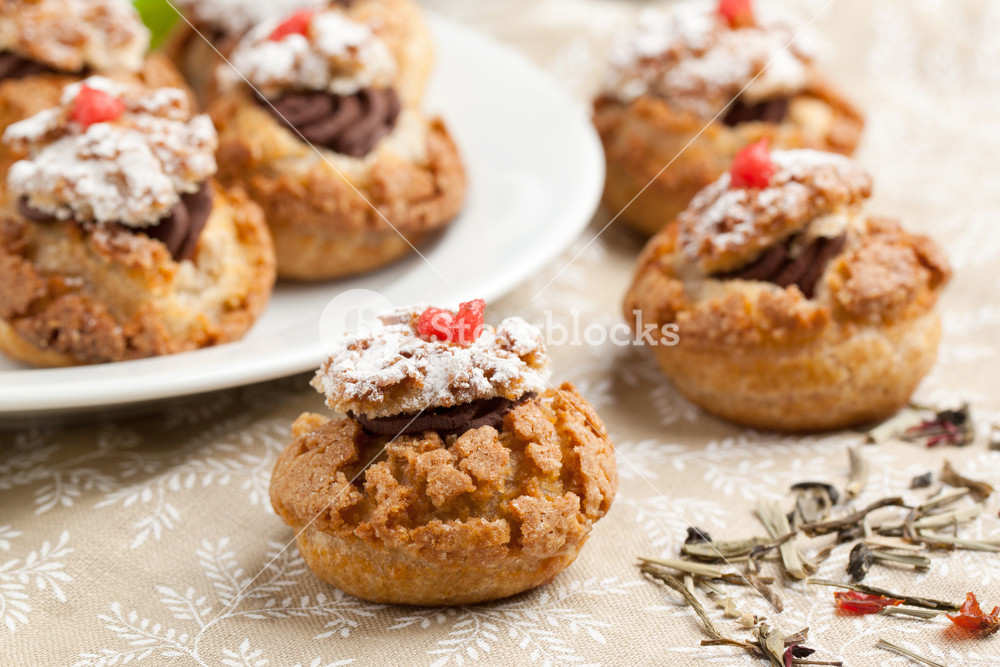 Cakes With Chocolate Mousse